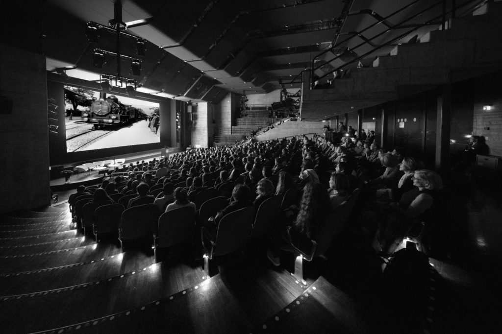 CinéConcert © Eduard Meltzer / IKFTW The editorial use of this photo is free of charge on permission of mentioning the photo credit. Any further uses are not permitted, namely for advertising or resale. The copyright of the image remains to Internationale Kurzfilmtage Winterthur.