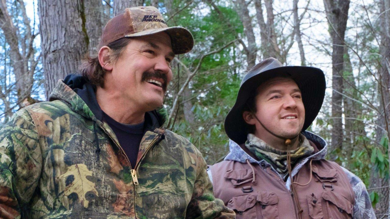The Legacy of a Whitetail Deer Hunter_Das Vermächtnis eines Weisswedelschirschjägers_Josh Brolin und Danny McBride auf der Jagd
