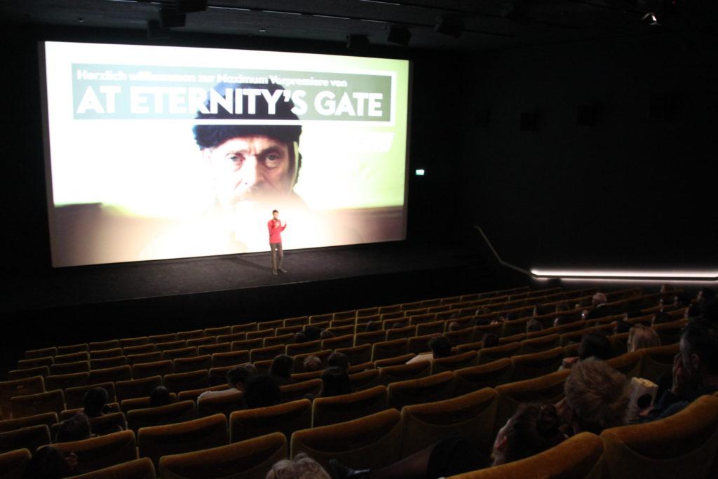 at-eternitys-gate-van-gogh-vorpremiere-kosmos-maximum-cinema