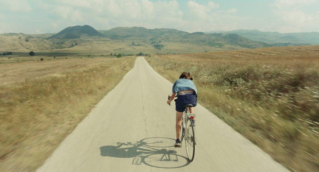 LE-MILIEU-DE-LHORIZON-Filmtipp-Schweiz-Maximum-Cinema